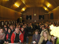 Over 150 people pack into Bixter hall for open meeting of Sustainable Shetland